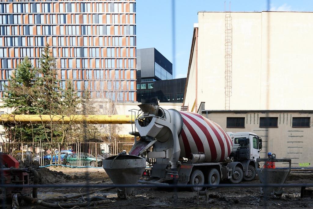 Nowe Centrum Łodzi: trwają prace przy podziemnej ulicy [ZDJĘCIA]  - Zdjęcie główne