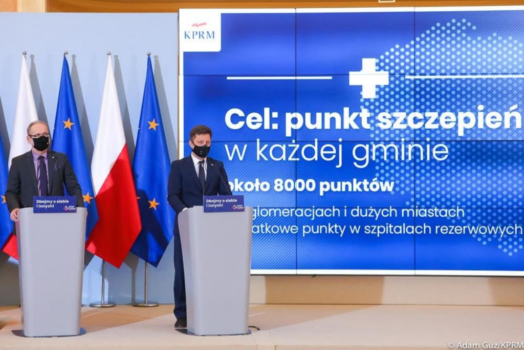 Rząd chce przekonać Polaków do szczepień przeciwko koronawirusowi. Oferuje ciekawe benefity - Zdjęcie główne