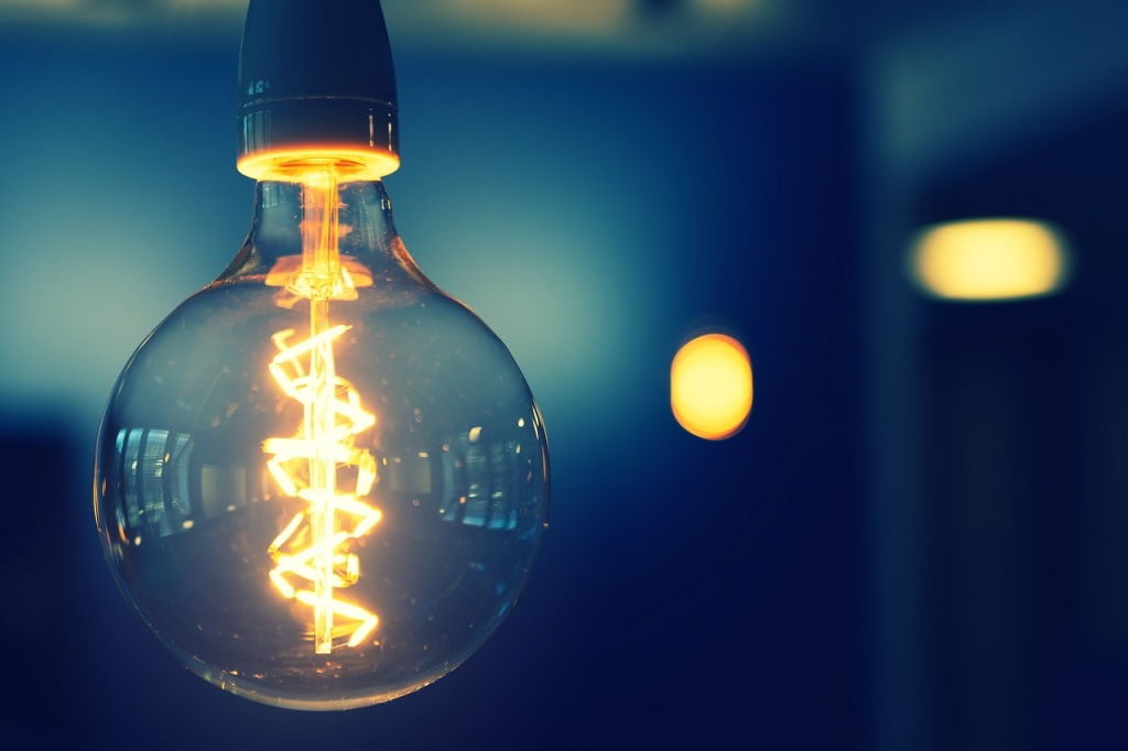 Ceny prądu w górę już od stycznia? Łódzki poseł prosi o wyjaśnienia samego Jacka Sasina - Zdjęcie główne