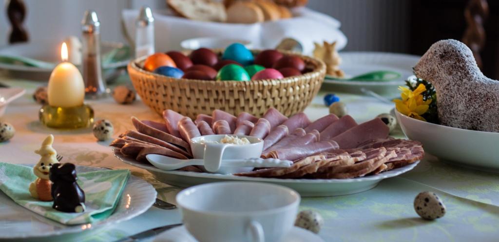 Wielkanocne śniadanie w zmienionej formie - Zdjęcie główne