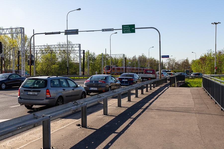 Korki Łódź. Sprawdź, co dzieje się na łódzkich drogach [30.08.2021] - Zdjęcie główne