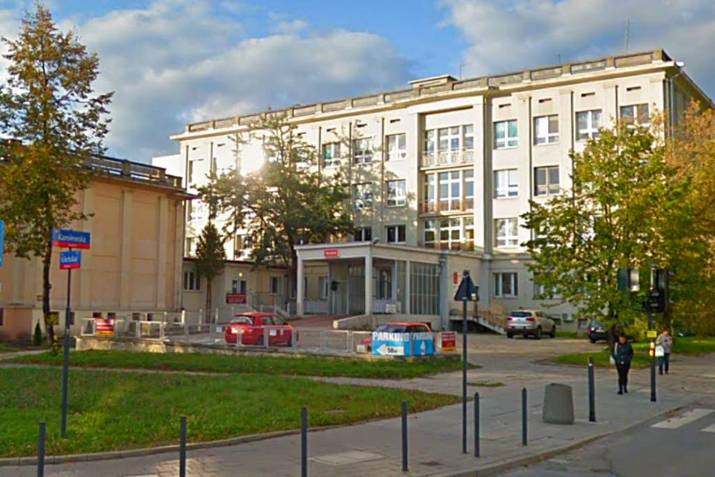 Ognisko koronawirusa w szpitalu w Łodzi. Wyłączono z pracy jeden oddział  - Zdjęcie główne