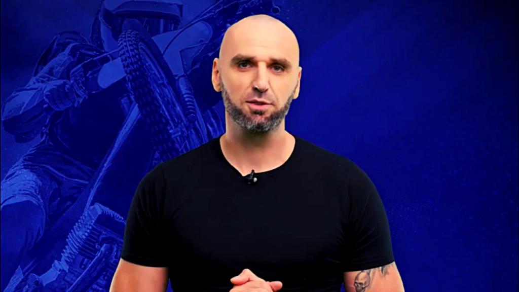 Marcin Gortat zaprasza kibiców żużlowych na Ligę eWinnera. Możesz pomoc swojemu klubowi [WIDEO] - Zdjęcie główne