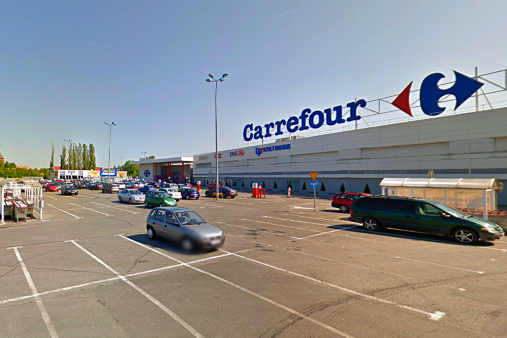 Pracownicy i firmy odczuwają skutki pandemii w Łódzkiem. Carrefour będzie zwalniać - Zdjęcie główne