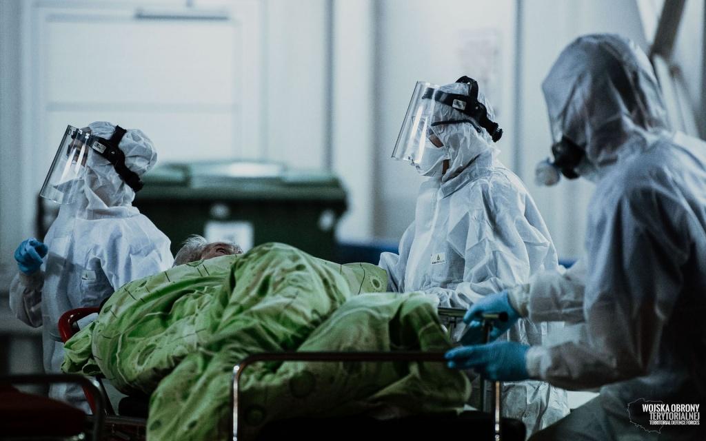 W listopadzie w Łodzi zmarło 80% więcej osób niż rok temu. Czy to wina koronawirusa? - Zdjęcie główne