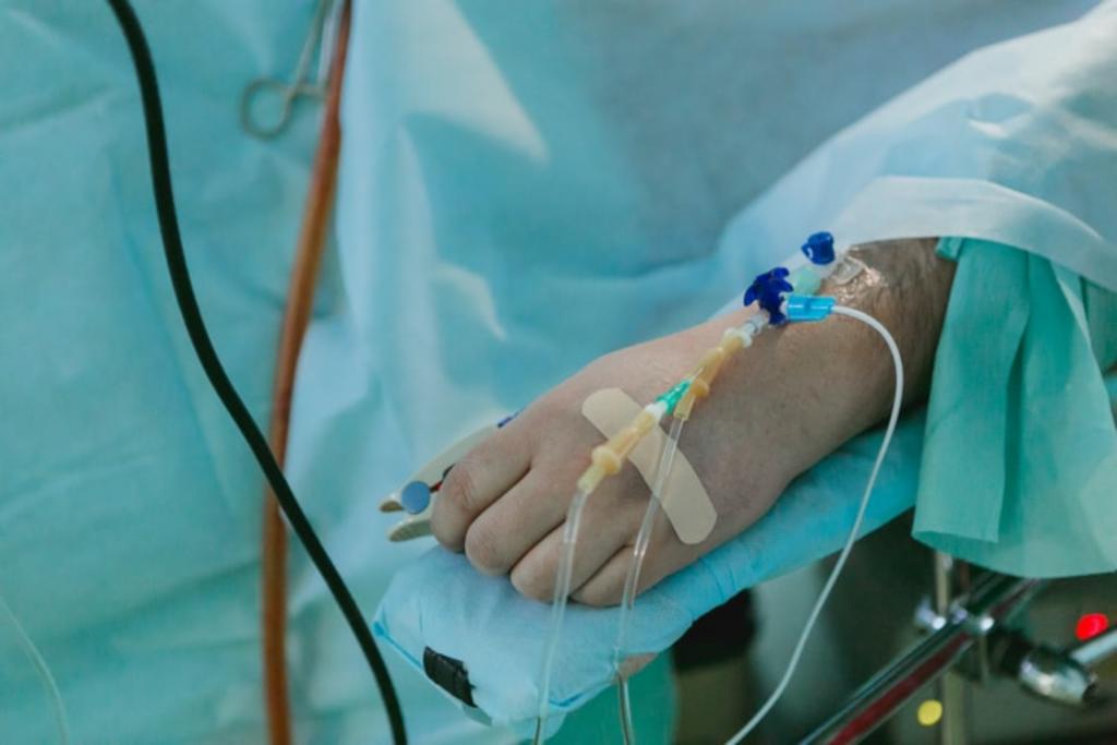 Ryzyko zgonu na skutek powikłań pogrypowych większe niż w wyniku Covid? Badania są alarmujące - Zdjęcie główne