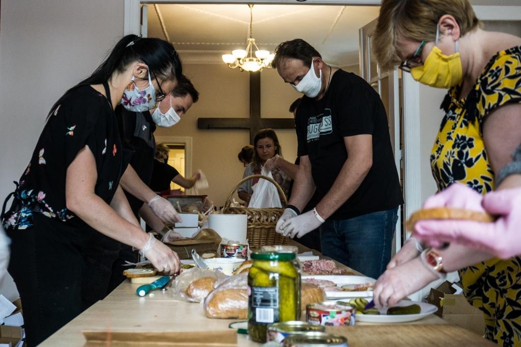 """Organizatorzy inicjatywy """"Zupa na Pietrynie"""" potrzebują naszego wsparcia. Pomóżmy! [ZDJĘCIA] - Zdjęcie główne"""
