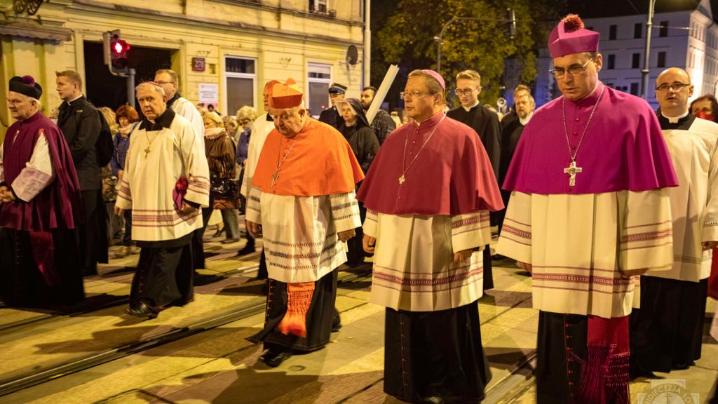 Kardynał Dziwisz przewodniczył uroczystościom ku czci Patronki Łodzi [ZDJĘCIA | WIDEO] - Zdjęcie główne