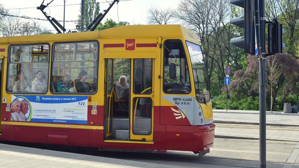 Stare tramwaje symbolem Łodzi? Kiedy z łódzkich ulic znikną archaiczne Konstale? - Zdjęcie główne