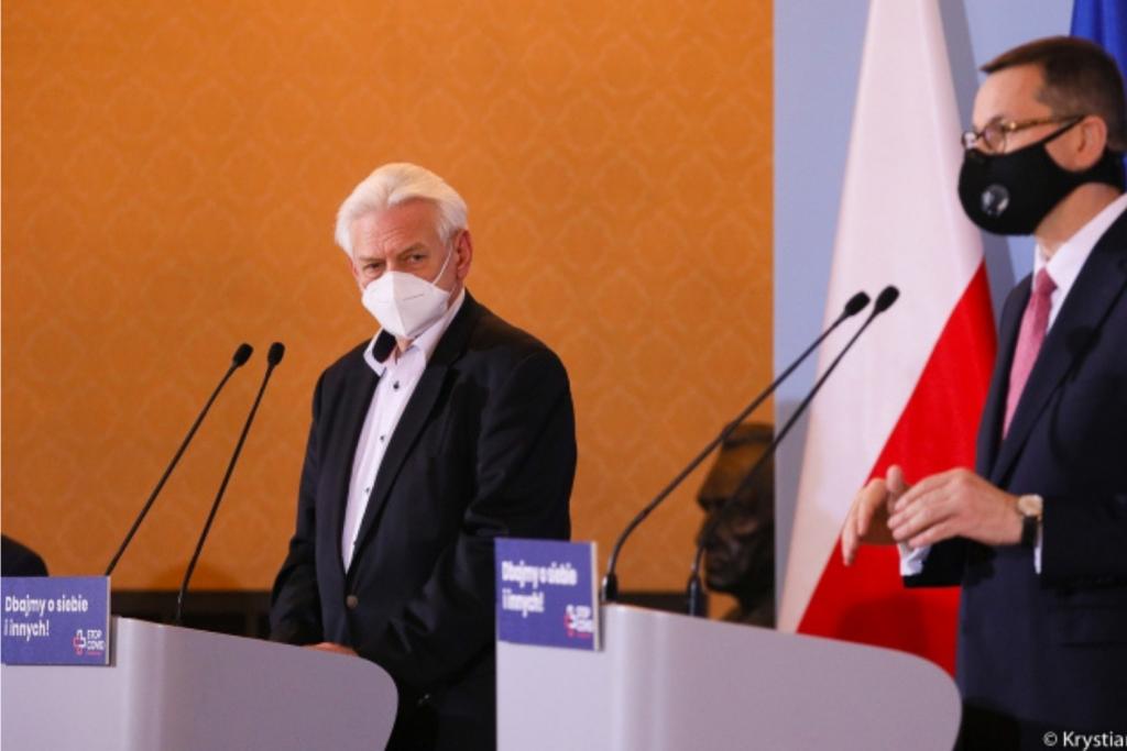 """Prof. Horban: """"powinniśmy zamknąć Polskę na miesiąc"""". Doradca premiera wprost o załamaniu systemu - Zdjęcie główne"""