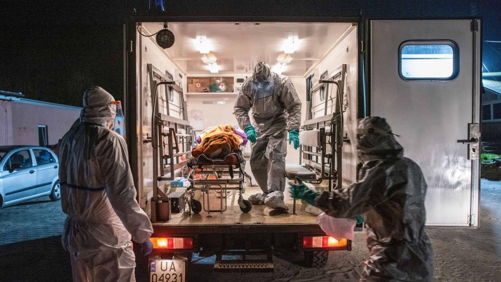 600 zakażeń koronawirusem w Polsce. W Łodzi zmarł 54-letn mężczyzna [RAPORT DOBOWY] - Zdjęcie główne