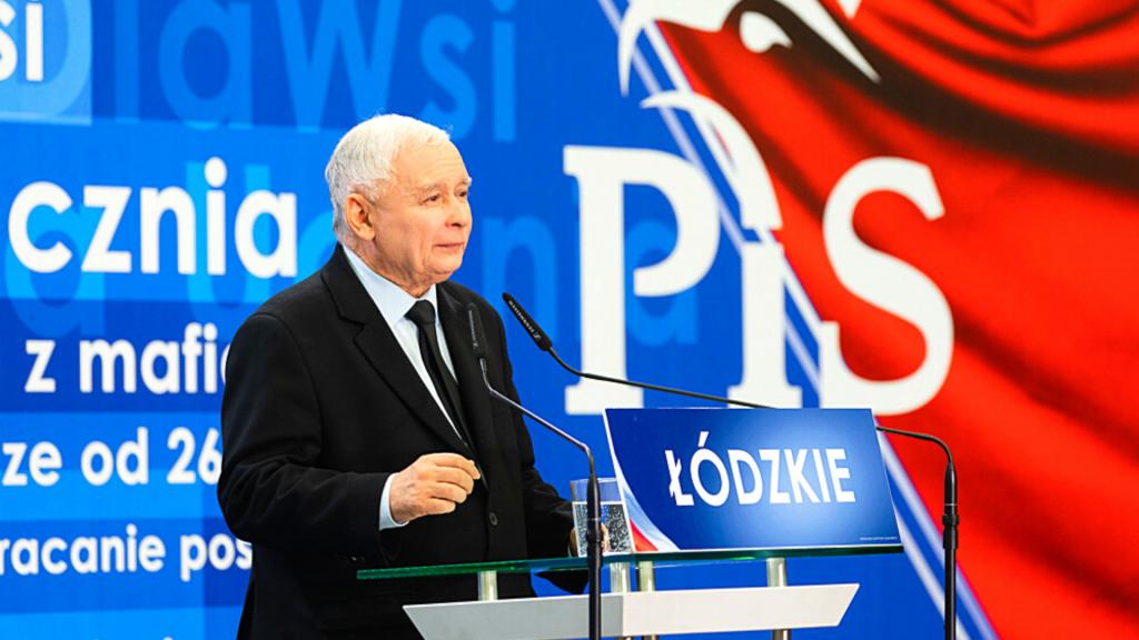 """Struktury lokalne PiS czeka rewolucja. Jarosław Kaczyński chce uniknąć w regionach """"baronizacji"""" - Zdjęcie główne"""