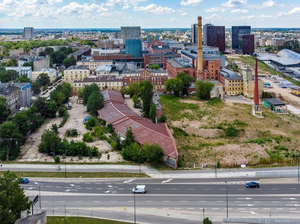 Wrocławski deweloper wybuduje w centrum Łodzi kilkaset mieszkań na wynajem. Na działce są zabytkowe magazyny [ZDJĘCIA] - Zdjęcie główne