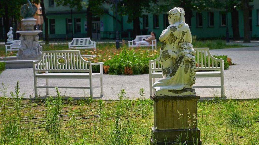 """""""Nie zgadzamy się na bylejakość"""" Miasto zrywa kontrakt z wykonawcą remontu parku Sienkiewicza [ZDJĘCIA] - Zdjęcie główne"""