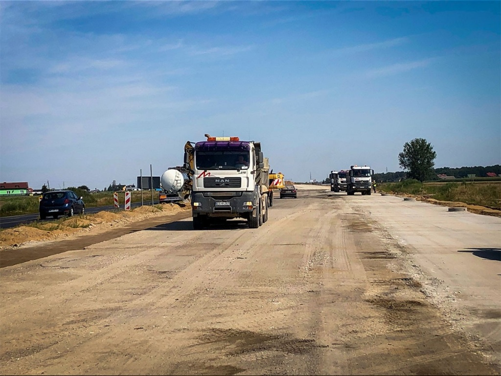 Ta droga połączy północ z południem Polski. Autostrada A1 w budowie [ZDJĘCIA]  - Zdjęcie główne