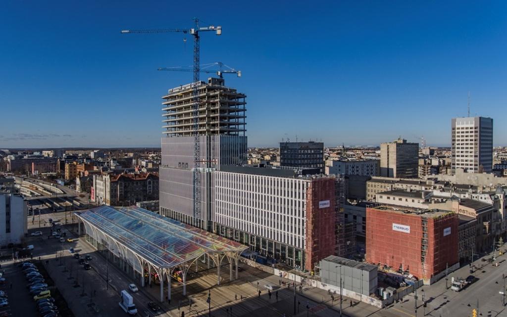 Oto najwyższy biurowiec w Łodzi - Hi Piotrkowska [ZDJĘCIA]  - Zdjęcie główne