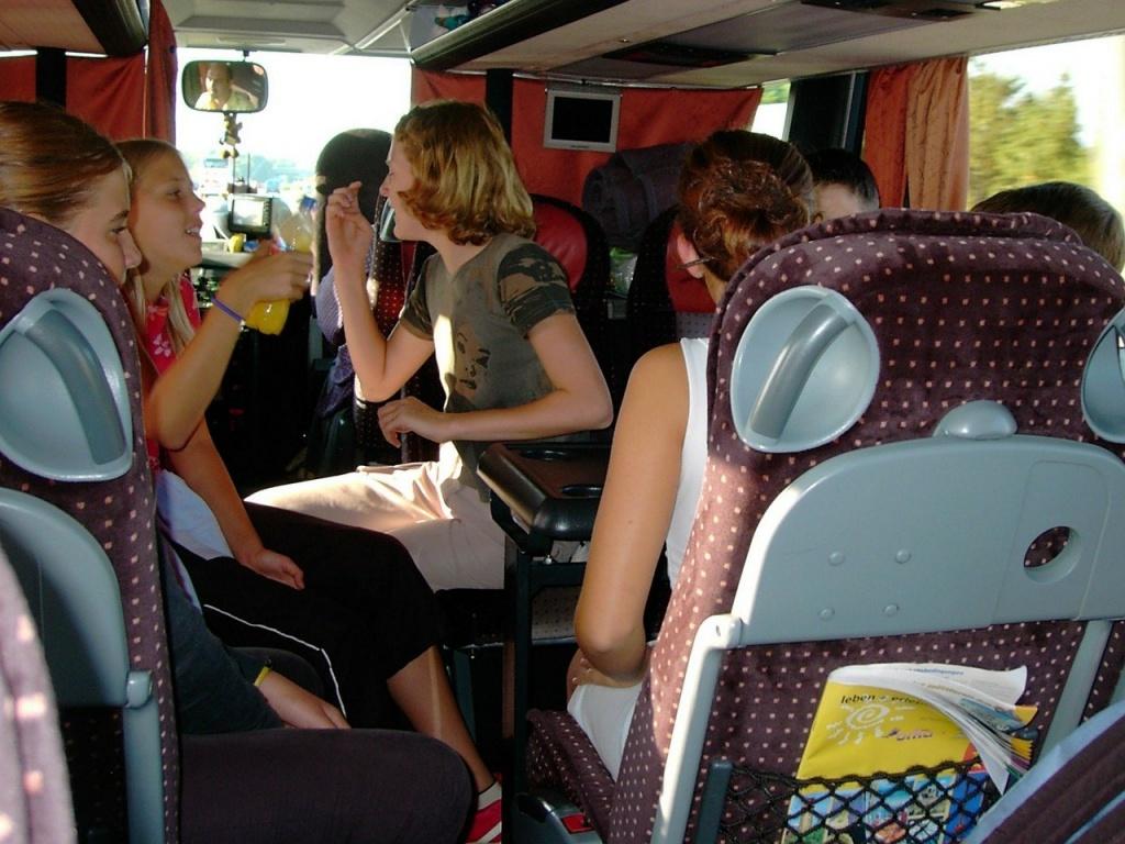 Zadbaj o bezpieczeństwo dziecka podczas ferii. Zgłoś autobus do kontroli  - Zdjęcie główne