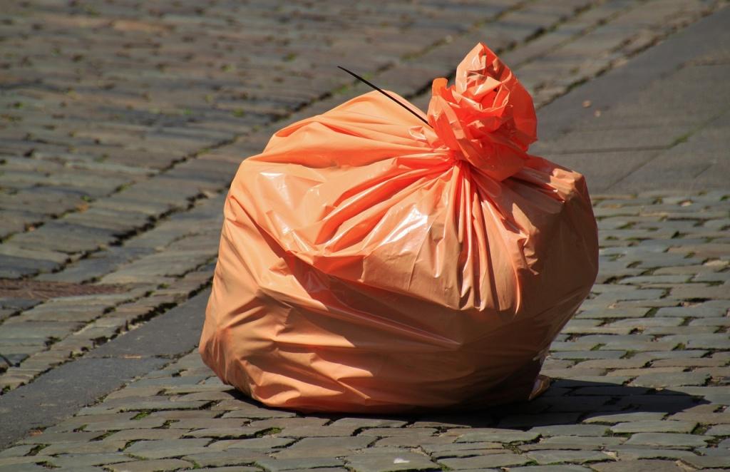 Co z tymi śmieciami? Narasta spór wokół nowej uchwały  - Zdjęcie główne