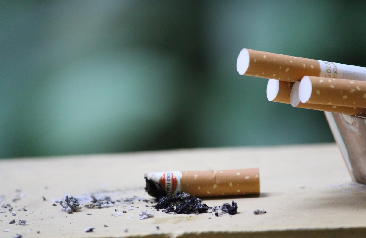 Polacy zapłacą więcej za papierosy i alkohol? Wszystko w trosce o nasze zdrowie  - Zdjęcie główne