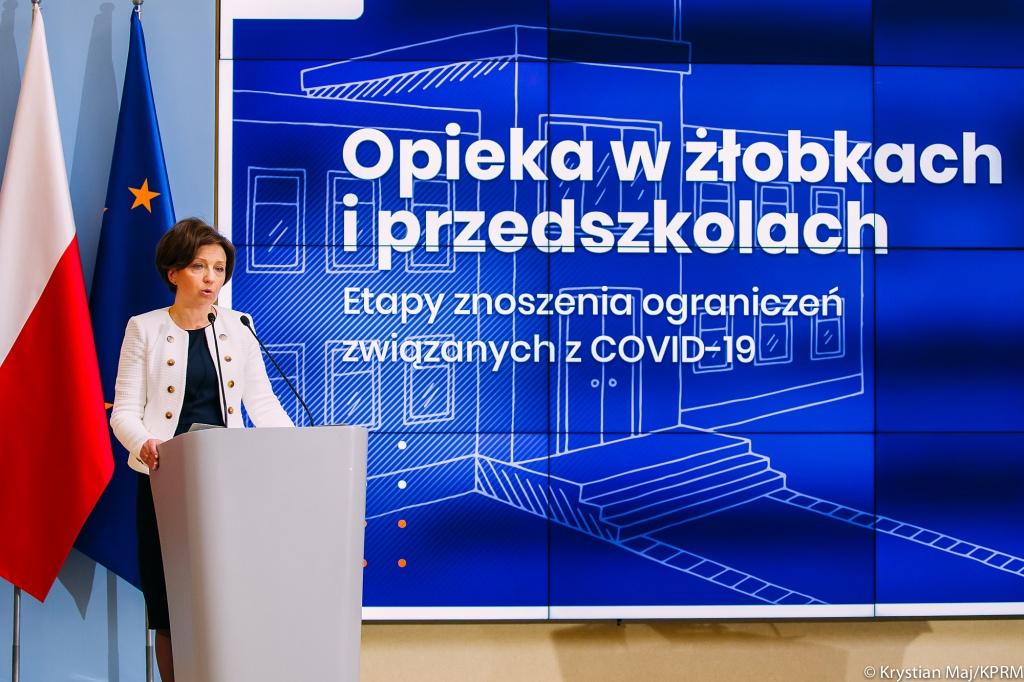 Minister chwali się, że otwiera, a prezydent Łodzi zamyka. Przedszkola i żłobki w Łodzi w większości zamknięte - Zdjęcie główne