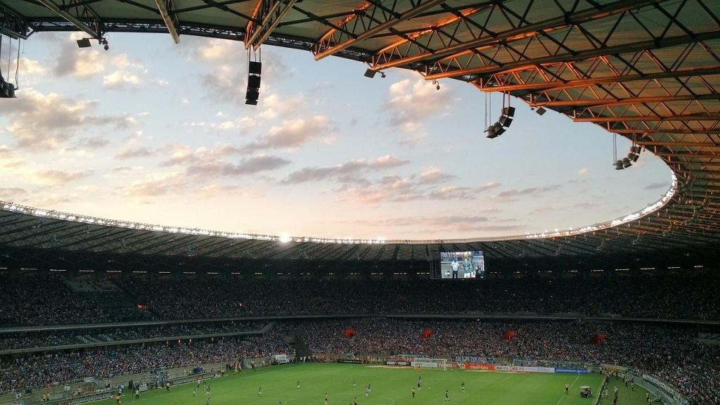 UEFA podjęła decyzję! Przesunięte EURO i dokończone rozgrywki - Zdjęcie główne