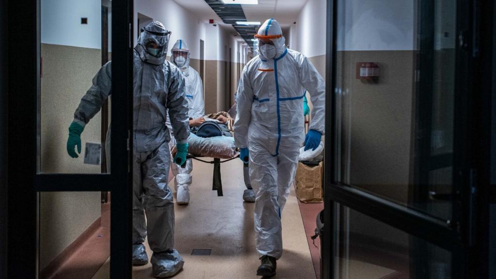 Cały czas dużo. 1350 zakażeń koronawirusem w Polsce. W Łódzkiem blisko 100 przypadków [RAPORT] - Zdjęcie główne
