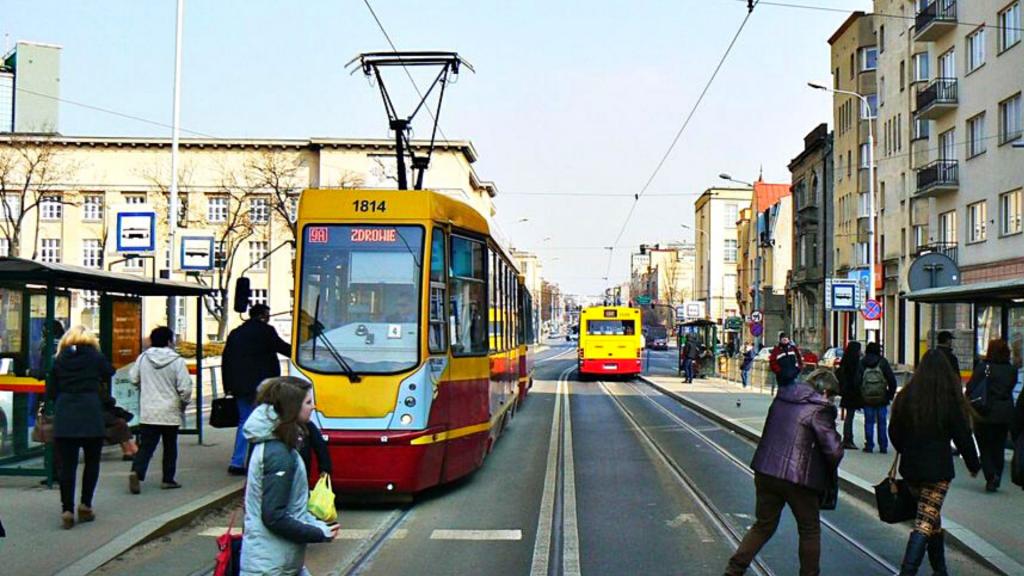Zmiany w łódzkim MPK. Od października więcej tramwajów i autobusów - Zdjęcie główne