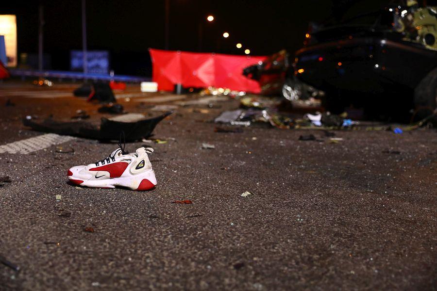 Tragiczny wypadek w Rzgowie. BMW mogło jechać nawet 140 km/h. Aktualizacja [zdjęcia]  - Zdjęcie główne