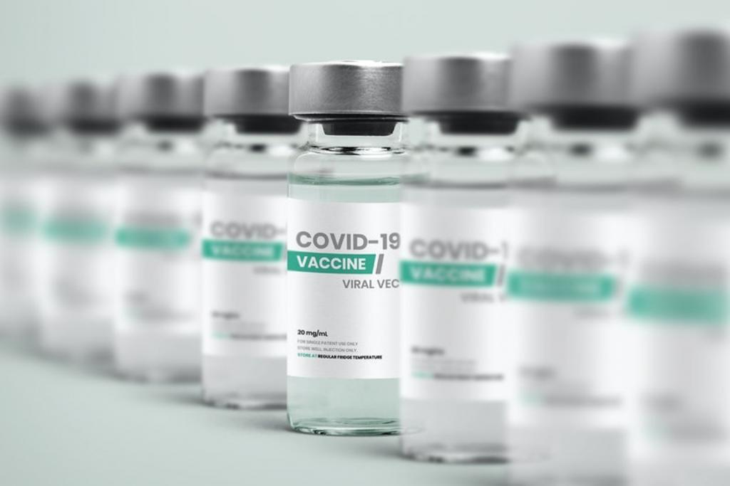 Niegroźne, choć wciąż niepożądane skutki uboczne szczepionki przeciw Covid. Producent uprzedza!  - Zdjęcie główne