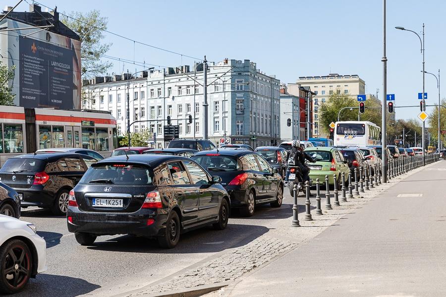Korki Łódź. Sprawdź, co dzieje się na łódzkich drogach [16.09.2021] - Zdjęcie główne