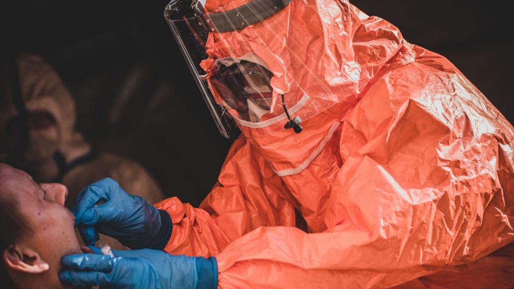 319 nowych zakażeń koronawirusa w Polsce. Łódzkie na drugim miejscu z 49 przypadkami [AKTUALNE DANE] - Zdjęcie główne