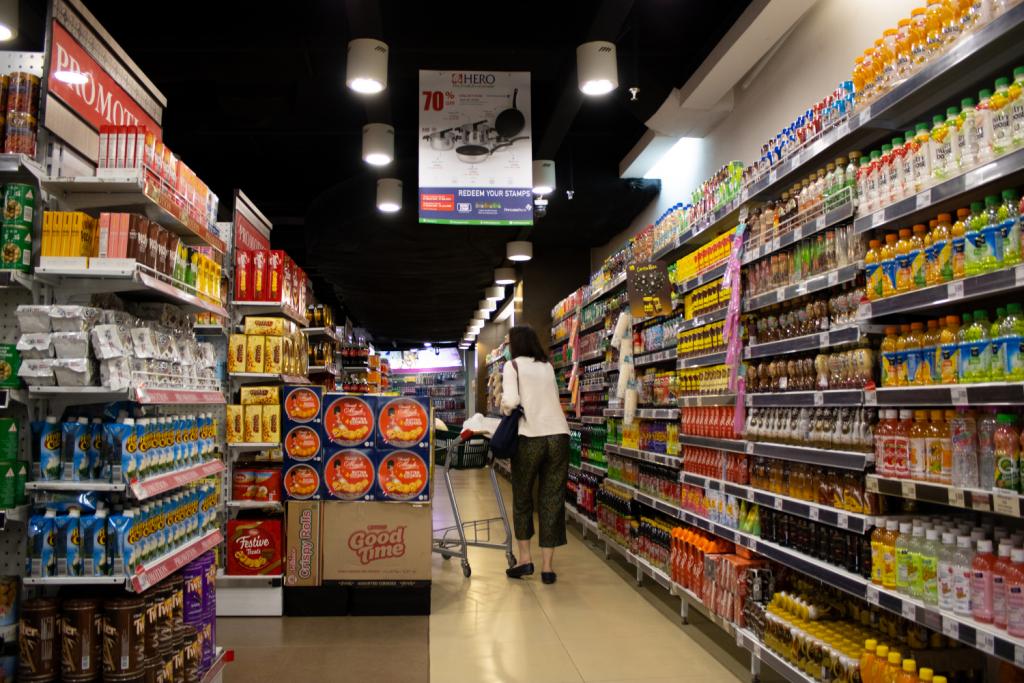 Gdzie w Łodzi zrobić zakupy w niedzielę niehandlową? Sejm przyjął poprawkę uszczelniającą zakaz handlu w niedzielę - Zdjęcie główne