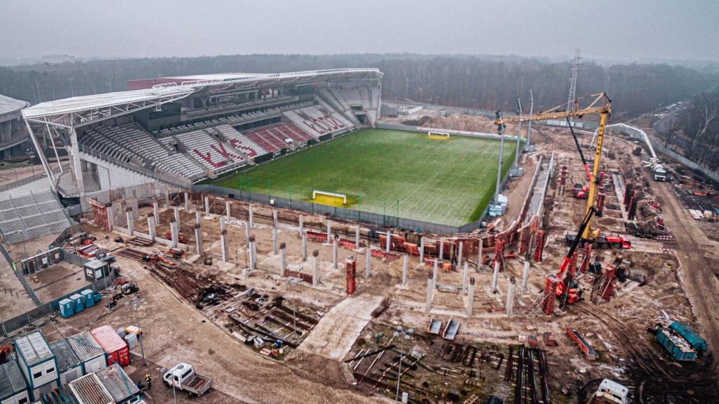 """Stadion ŁKS. """"Inwestycja przebiega wzorowo"""" [WIDEO] - Zdjęcie główne"""