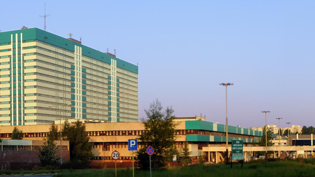 Łódź. Koronawirus w CKD i w szpitalu im. Madurowicza. Coraz trudniejsza sytuacja w szpitalu jednoimiennym - Zdjęcie główne