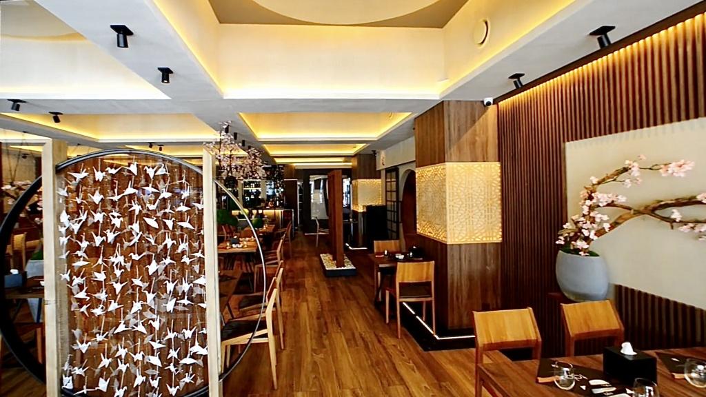 TuŁódźTurystyczna    CFI Hotels - Many Worlds, One City [WIDEO] - Zdjęcie główne