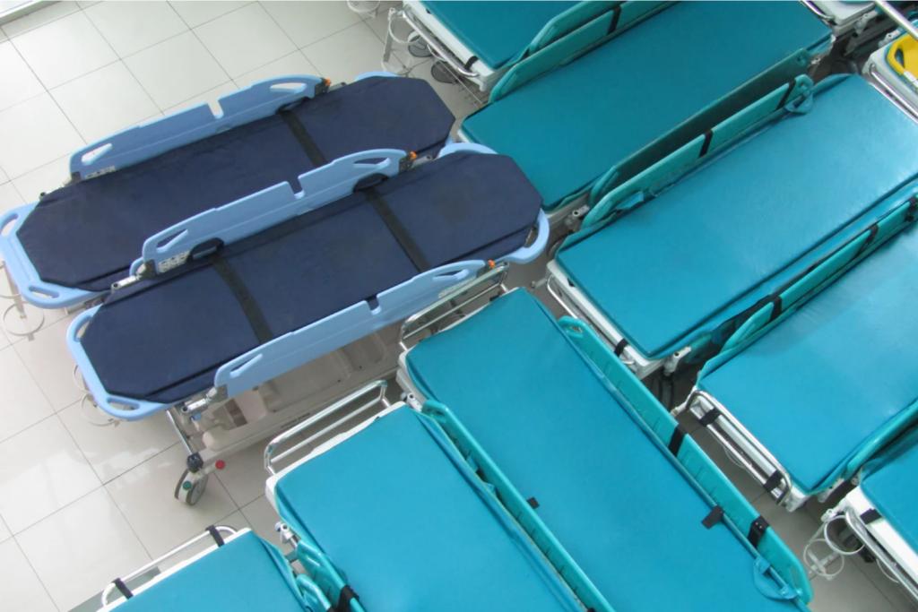 Co dalej ze szpitalem w hali Expo? W regionie zlikwidowano ponad 100 łóżek dla pacjentów z covid - Zdjęcie główne