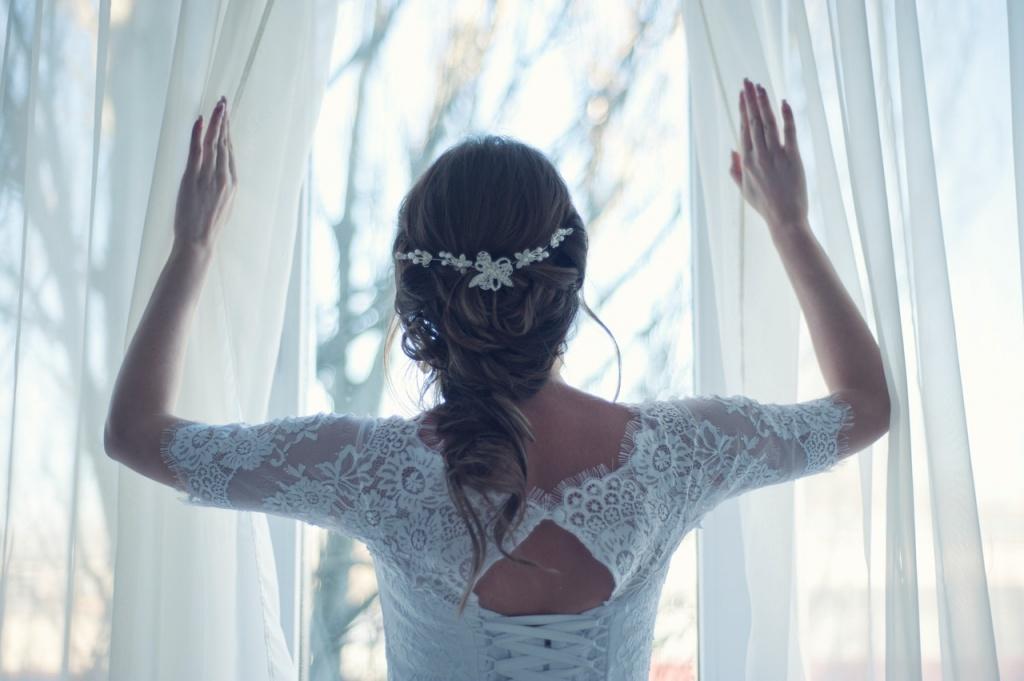 Na co należy zwrócić uwagę przy wyborze odpowiedniej sukni ślubnej? - Zdjęcie główne