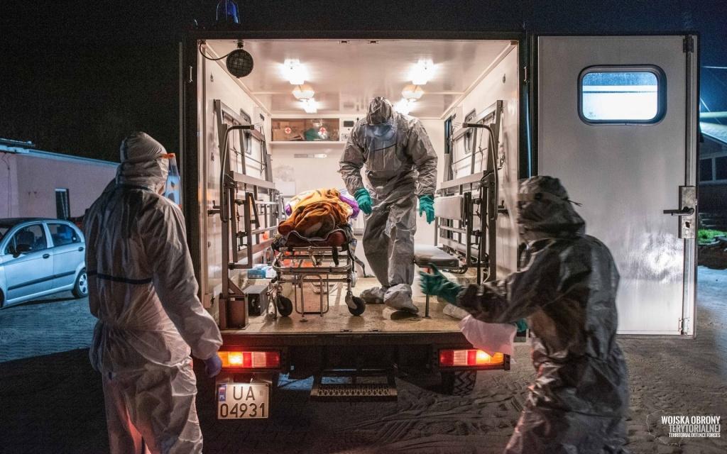 W Polsce blisko 600 nowych przypadków koronawirusa i 10 zgonów. Jak w Łódzkiem? [RAPORT DOBOWY] - Zdjęcie główne