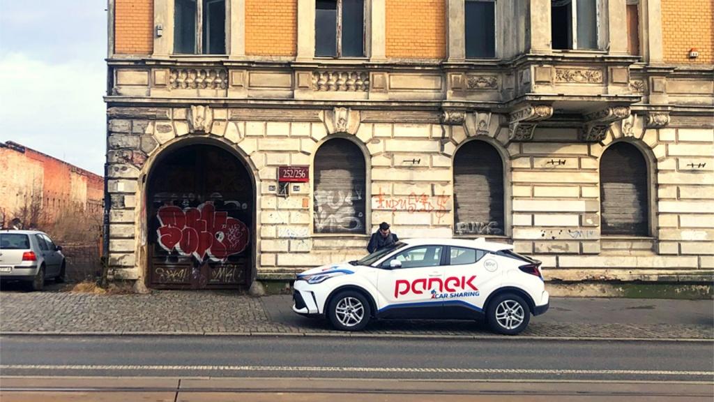 Nowy CarSharing pojawił się w Łodzi. Są darmowe przejazdy! Ile to kosztuje? Jak skorzystać? [PORADNIK] - Zdjęcie główne