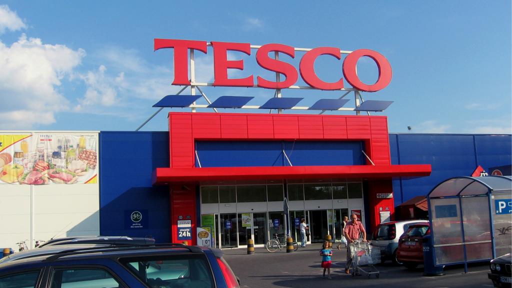 Tesco nie sprzedało dwóch hipermarketów w Łodzi. Kto je kupi? Wśród zainteresowanych deweloper - Zdjęcie główne