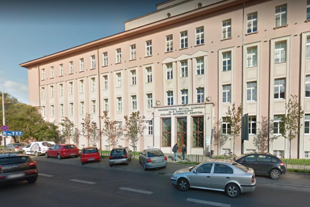 Miejsca dla pacjentów covidowych w Łódzkiem – urząd wojewódzki mówi jedno, lekarze - drugie - Zdjęcie główne