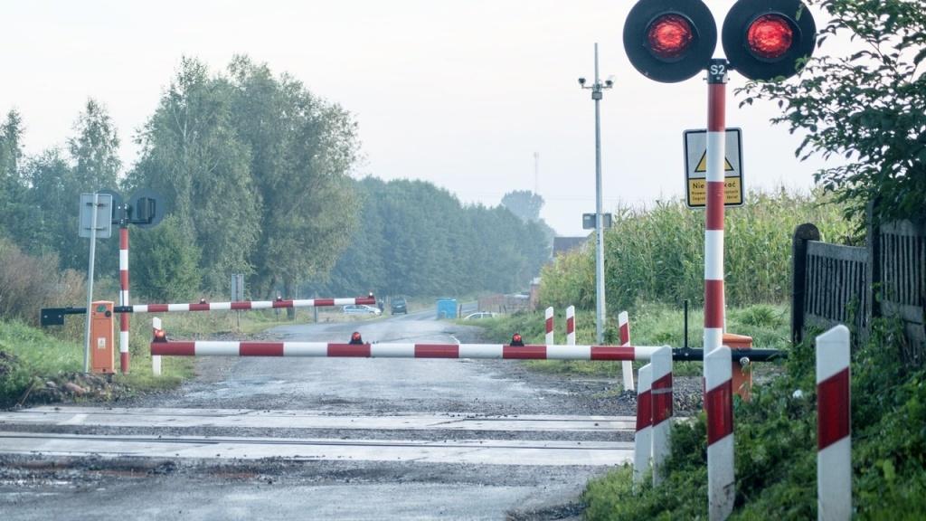 Śmiertelny wypadek na przejeździe kolejowym pod Łodzią  - Zdjęcie główne