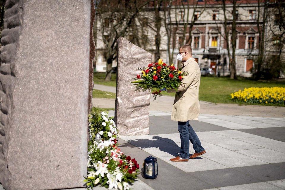 Łódź pamięta o katastrofie smoleńskiej  - Zdjęcie główne