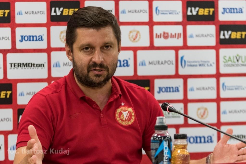 """Trener Widzewa po porażce ze Skrą: """"Jestem bardzo negatywnie zaskoczony"""" - Zdjęcie główne"""