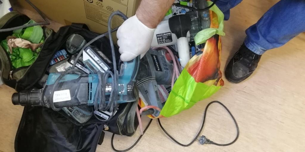 Kradzież sprzętu o wartości 9.000 zł! Policja znalazła sprawcę - Zdjęcie główne