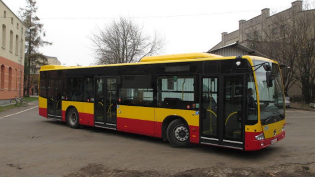 """Mieszkańcy Dołów po czternastu miesiącach doczekali się nowej linii autobusowej, która zastąpi tramwajową """"szóstkę"""" - Zdjęcie główne"""