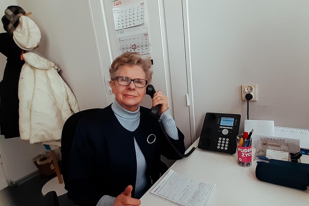 Seniorzy z Łodzi uruchomili Halofon - całodobową pomoc dla osób starszych  - Zdjęcie główne