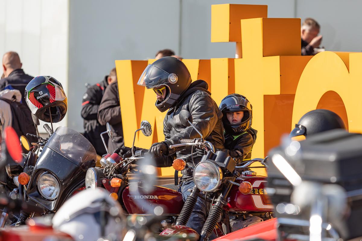 Ryk silników i świetna atmosfera. Wielkie zakończenie sezonu motocyklowego w Łodzi [zdjęcia] - Zdjęcie główne