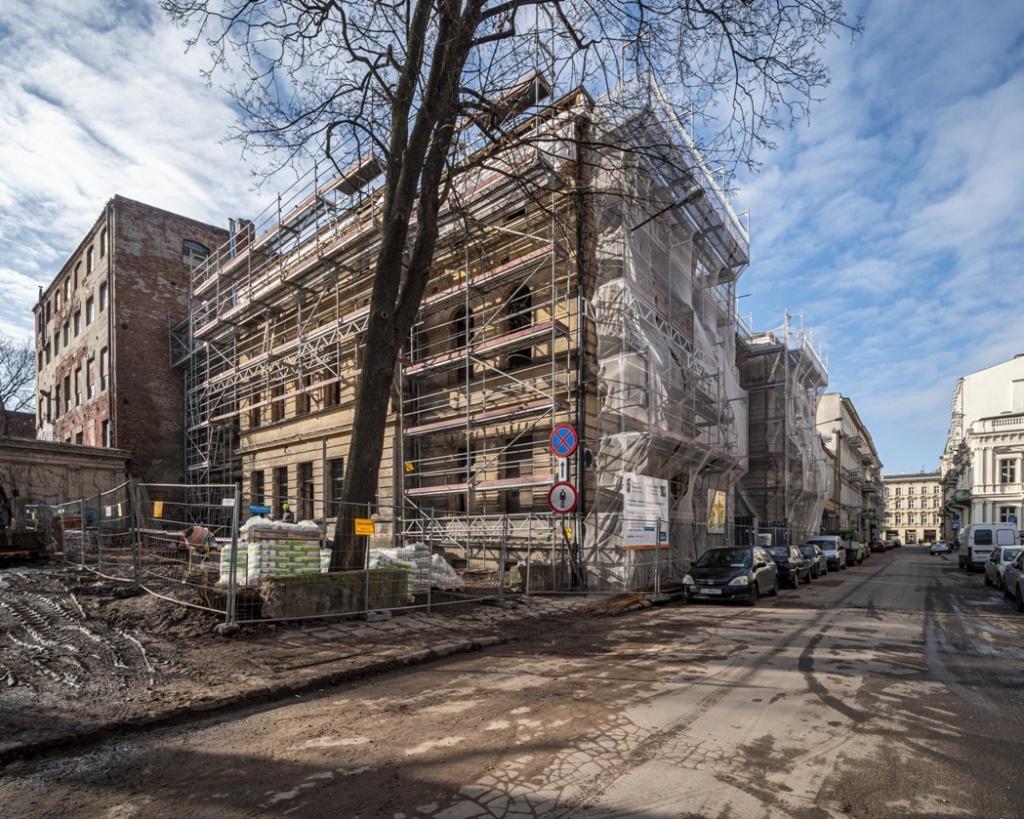 Biblioteka multimożliwości powstaje w Łodzi [ZDJĘCIA]  - Zdjęcie główne