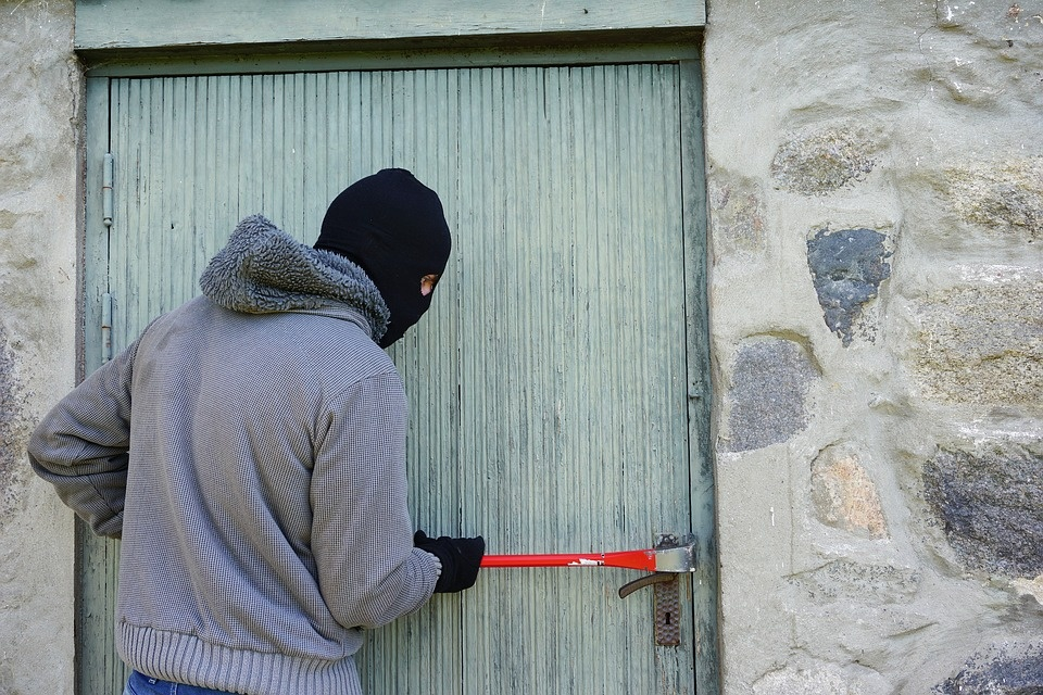 Pomoc pokrzywdzonym przestępstwem! Sprawdź, gdzie znaleźć wsparcie w Łodzi - Zdjęcie główne